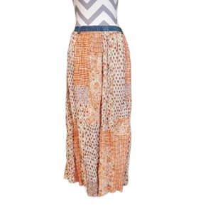 Cute Options Maxi Skirt Size Large Brand New